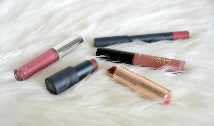 natural-lip-colors-for-everyday-use | Best Natural Lipsticks for Everyday use featured by popular Ohio natural beauty blogger, Dreaming Loud