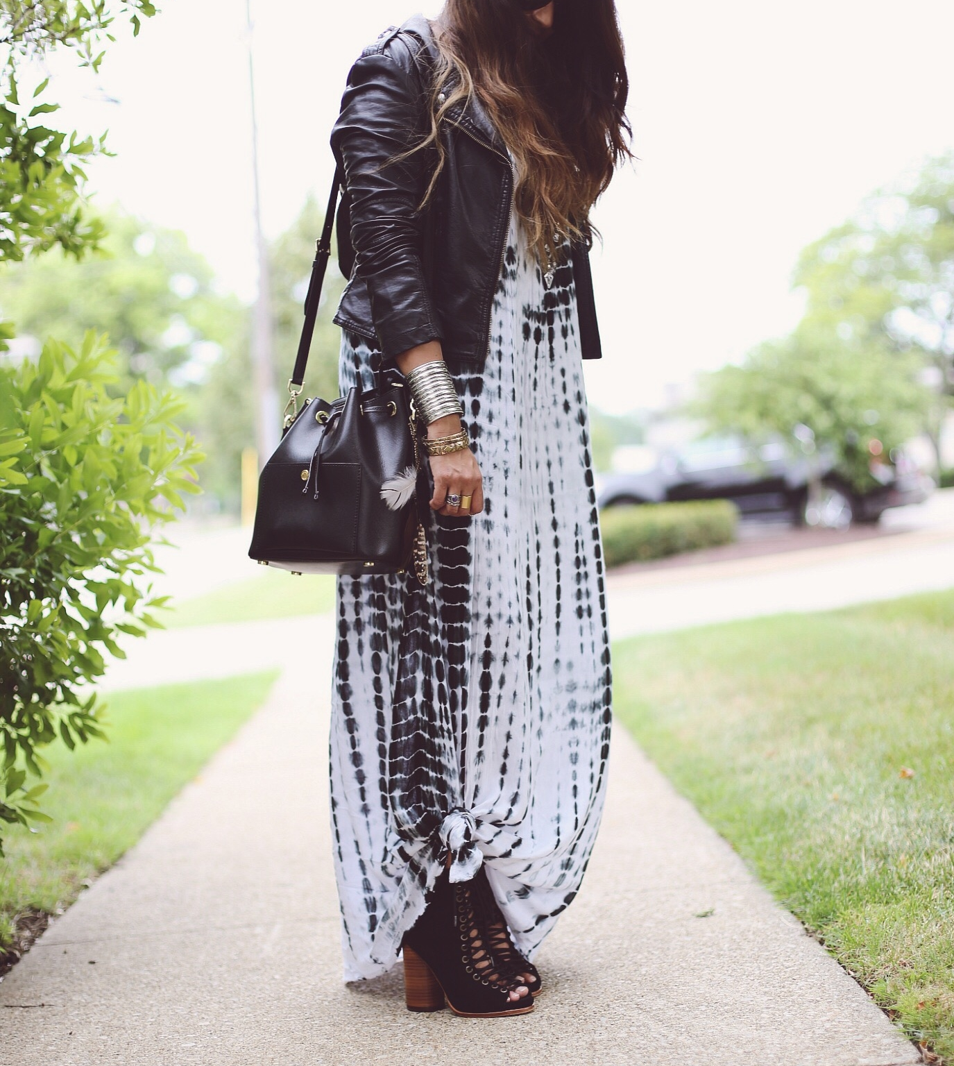 boho-TIE-DYE-MAXI-dl | Boho Grunge Outfit featured by popular Ohio modest fashion blogger, Dreaming Loud