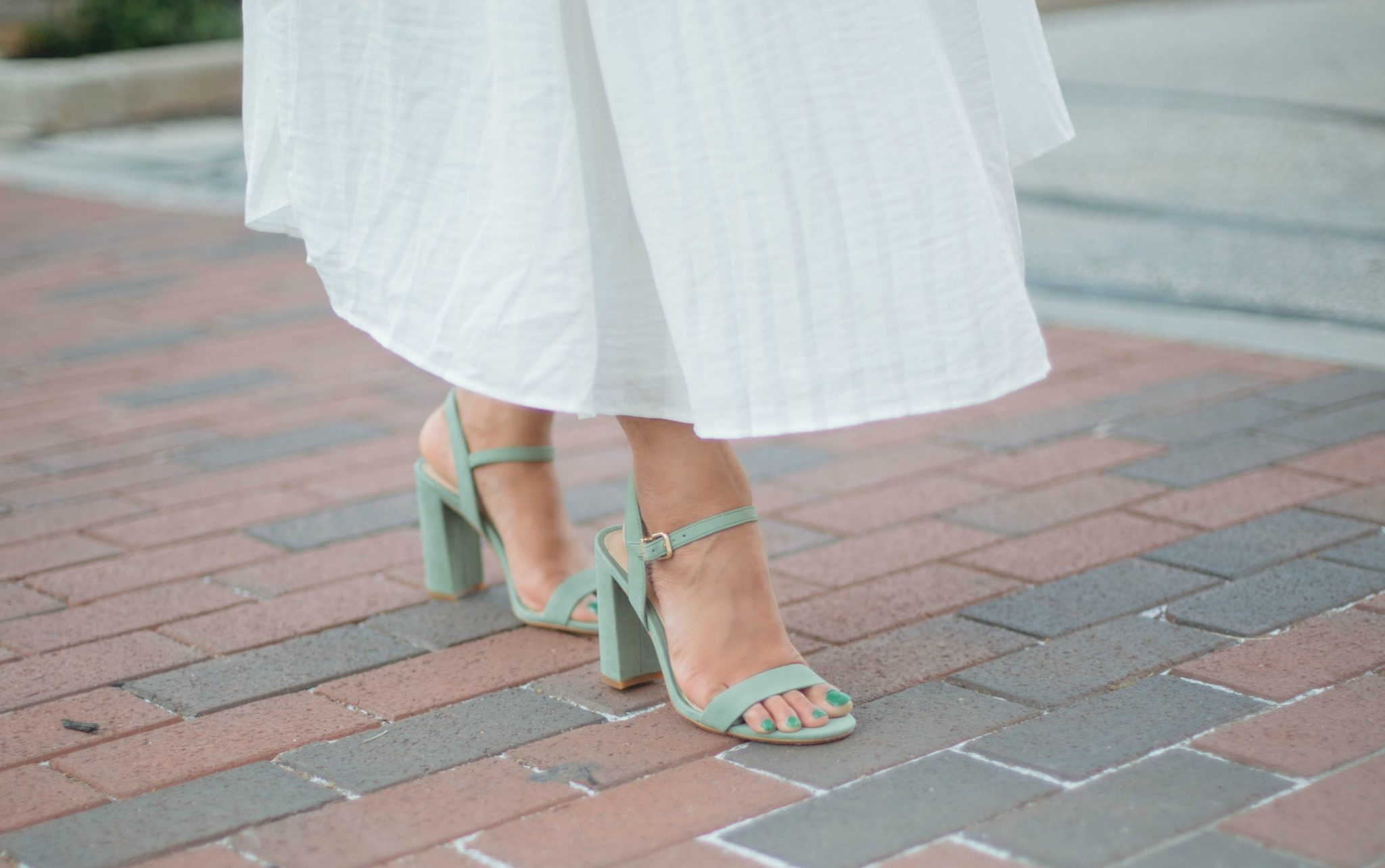 Gianni-bini-MCKARIA-block-heel-dress-sandals - An All White Summer Outfit featured by popular Ohio modest fashion blogger, Dreaming Loud