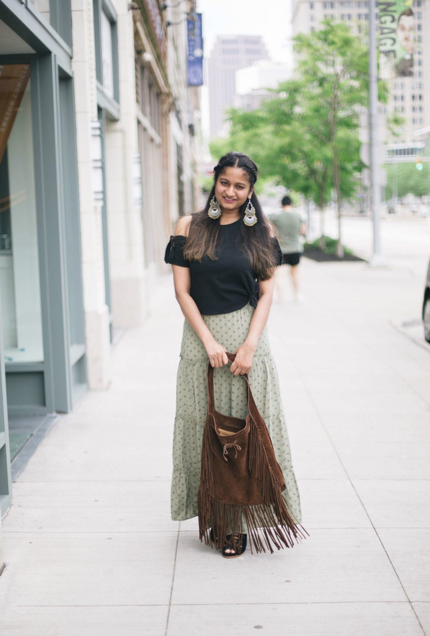 tips-to-wear-maxi-skirt-for-petites - Maxi Skirts For Petites featured by popular Ohio modest fashion blogger, Dreaming Loud