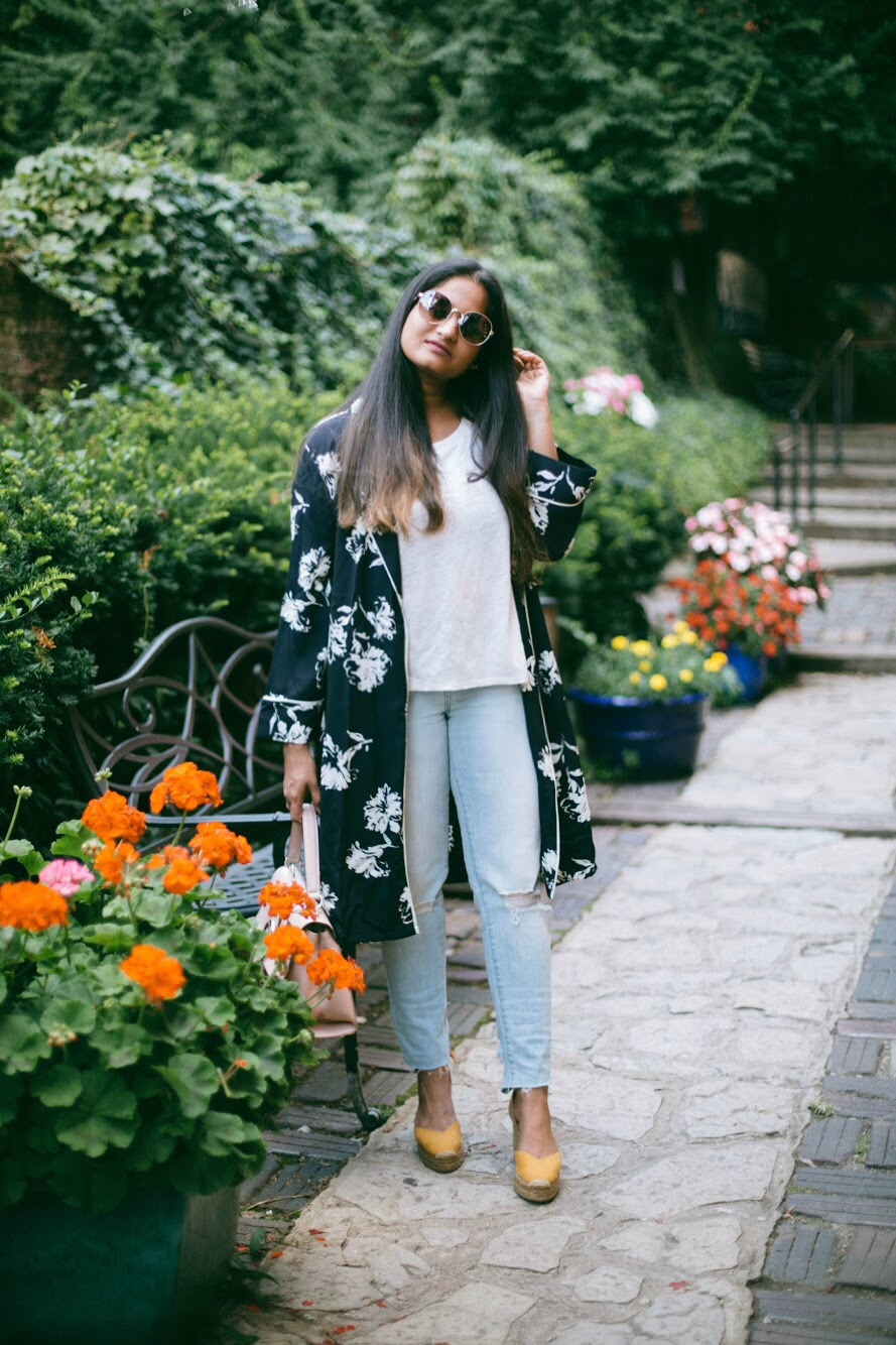 Treasure-and-bond-floral-kimono-in-3-ways-3 - 3 Ways To Wear a Floral Kimono featured by popular Ohio modest fashion blogger, Dreaming Loud