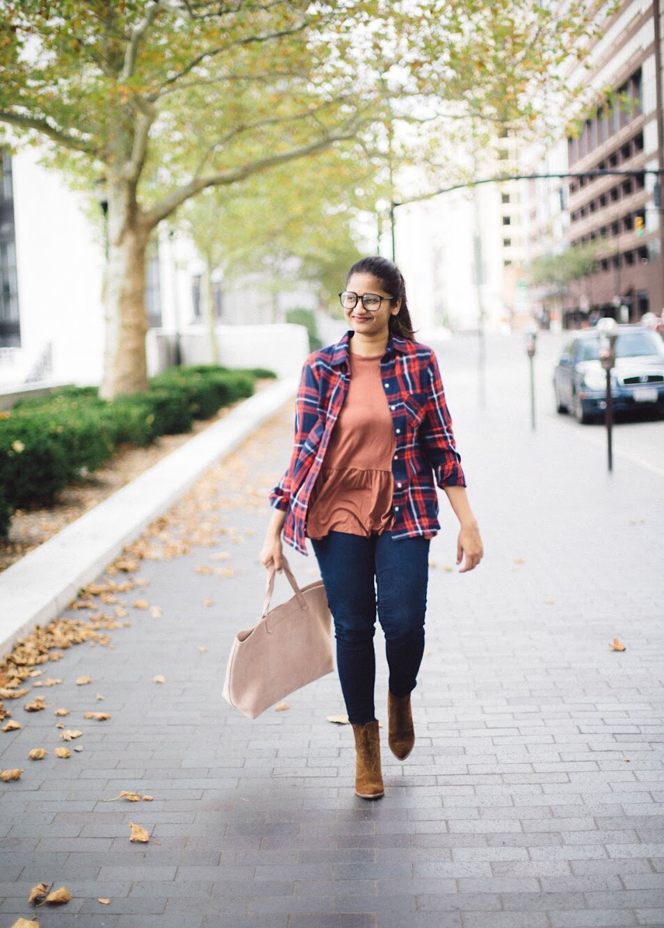 old-navy-classic-flannel-plaid-shirt - Back To School Outfits For College Students featured by Ohio modest fashion blogger, Dreaming Loud