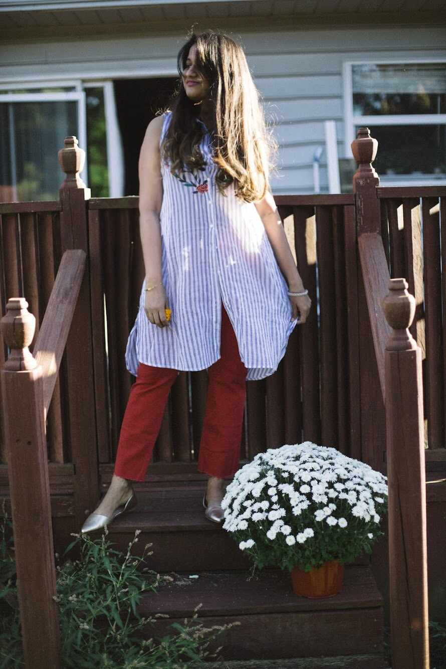 Lifestyle Blogger Surekha of Dreaming Loud Wearing Old Navy Mid-Rise Cropped Flare Ankle Jeans