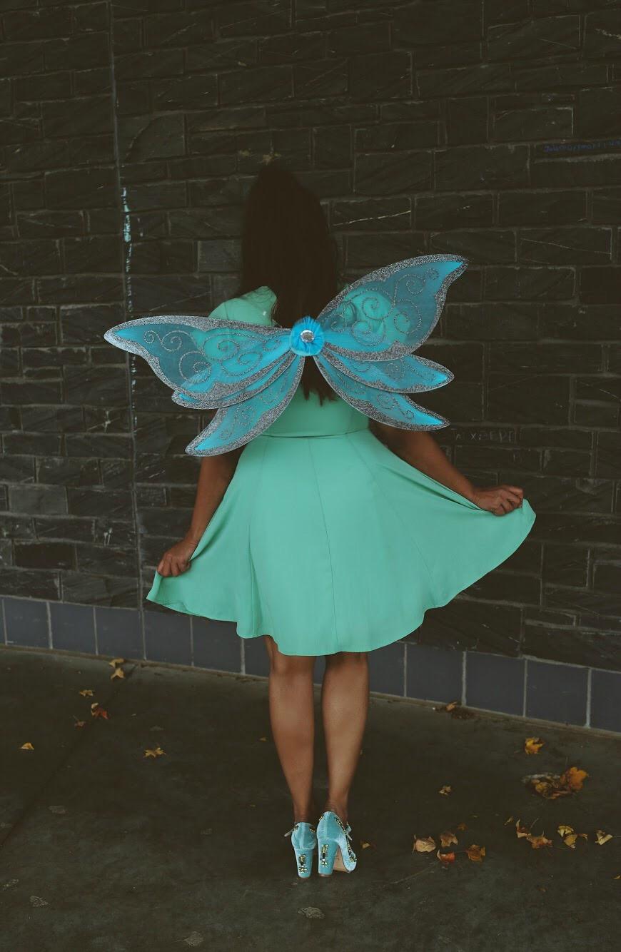 Lifestyle Blogger Surekha of Dreaming Loud sharing Disney Fairy Tinker Bell Halloween costume 1