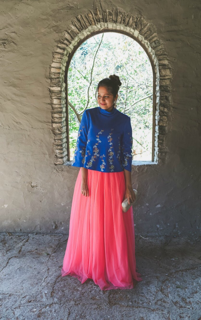 Lifestyle Blogger Surekha of Dreaming Loud sharing Diwali Indian fusion outfit with tulle skirt1| Diwali outfit with an ASOS pink tulle maxi skirt styled by popular Ohio modest fashion blogger, Dreaming Loud