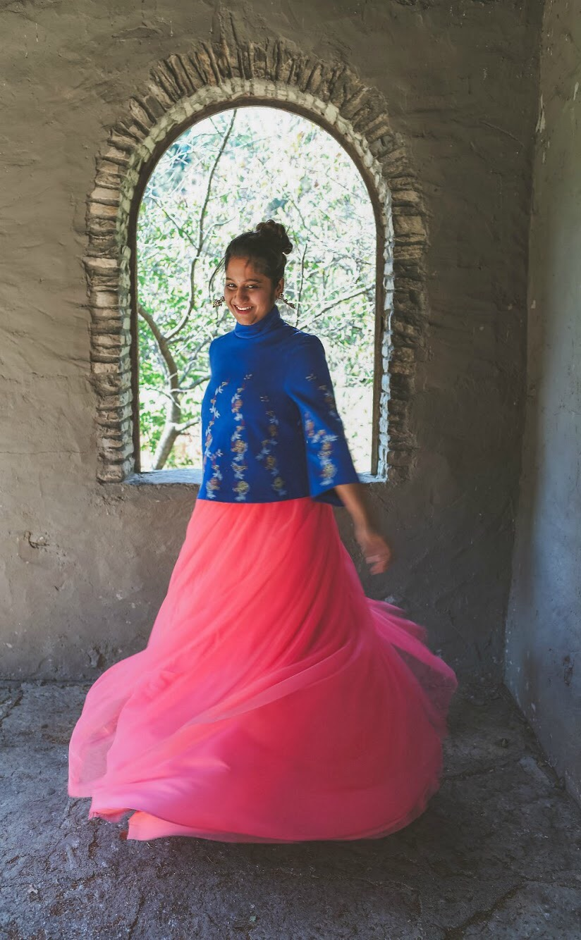 Lifestyle Blogger Surekha of Dreaming Loud sharing Diwali Indian fusion outfit with tulle skirt3| Diwali outfit with an ASOS pink tulle maxi skirt styled by popular Ohio modest fashion blogger, Dreaming Loud