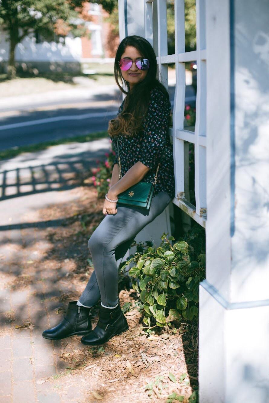 Lifestyle-blooger-Surekha-of-dreaming-loud-wearing-Aetrex-Kara-ankle-riding-boots-in-black-2