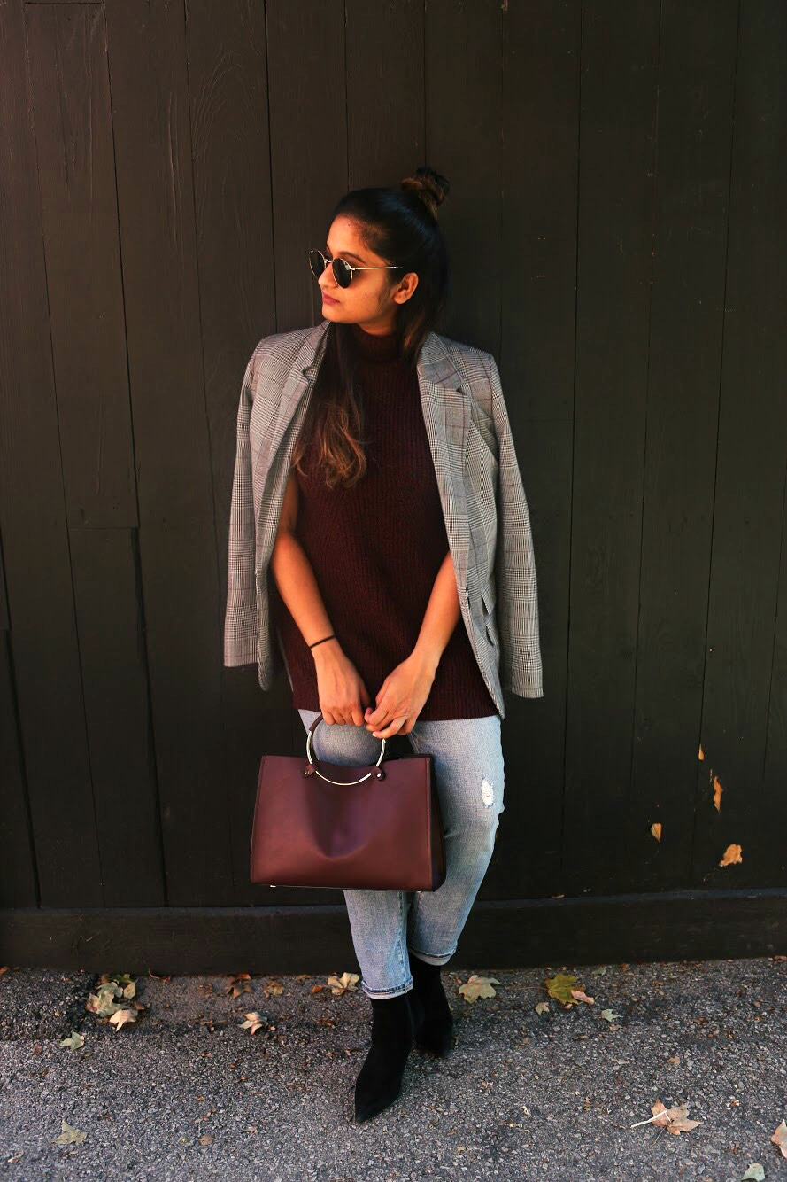Lifestyle Blogger Surekha of Dreaming Loud wearing gap for good Women Mid Rise Best Girlfriend Jeans
