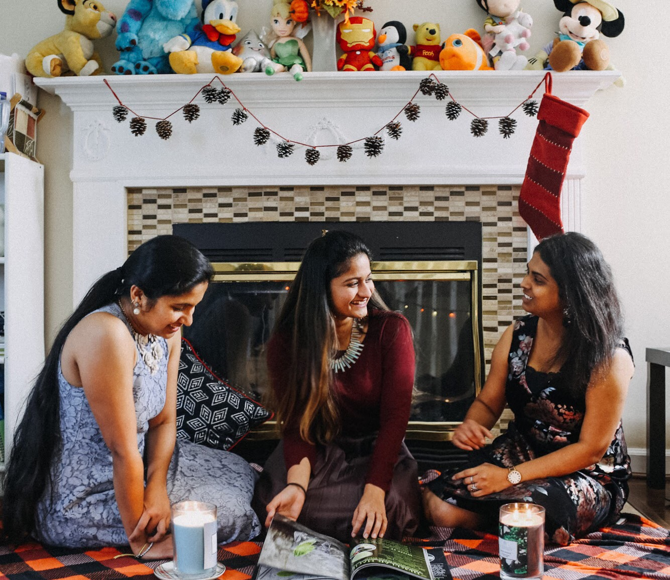 Lifestyle blogger Surekha of Dreaming Loud celebrating Friendsgiving with Chesapeake Bay Candles