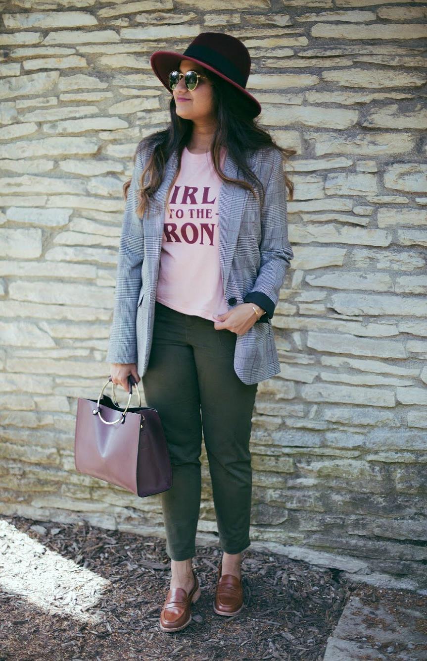 Lifestyle blogger Surekha of dreaming loud sharing women fall chino style women