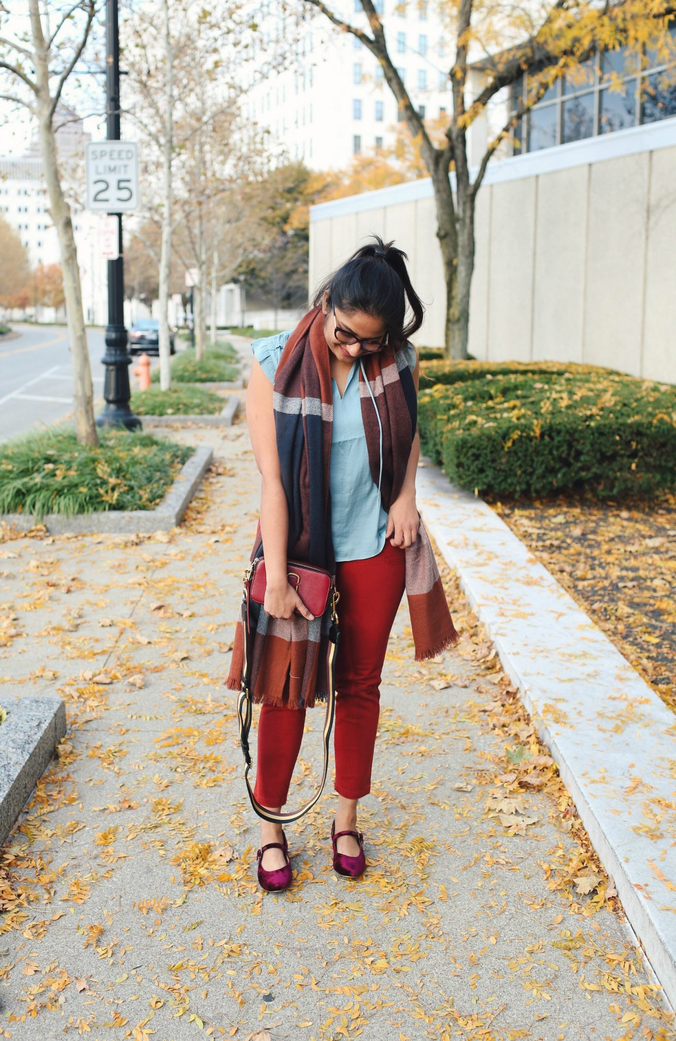 lifestyle blogger Surekha of Dreaming Loud sharing Thanksgiving fall colorful outfits