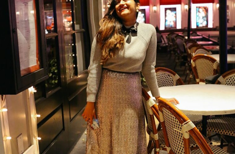 Lifestyle Blogger Suri of Dreaming Loud Sharing how to wear sequin for holidays