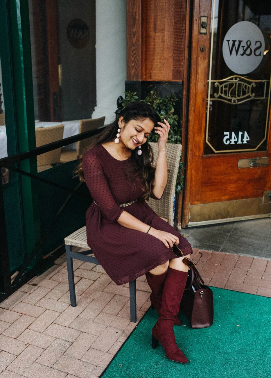 Lifestyle blogger Surekha of dreaming loud sharing fall Burgundy favorites 2017