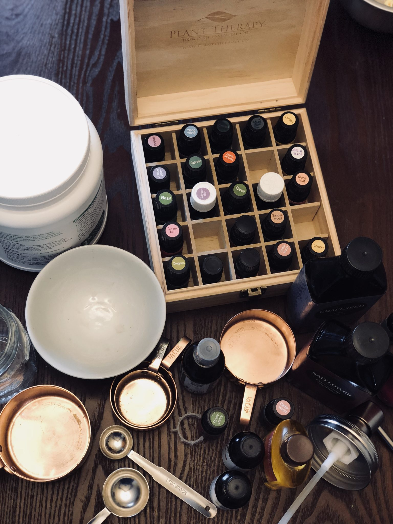 Lifestyle Blog Dreaming Loud sharing 3 DIY essential blends for hair growth and hair fall - Essential Oils for Hair Growth and Reduce Hair Fall featured by popular Ohio natural beauty blogger, Dreaming Loud