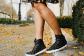 Lifestyle Blog Dreaming Loud wearing Time slippers Hi top sneakers