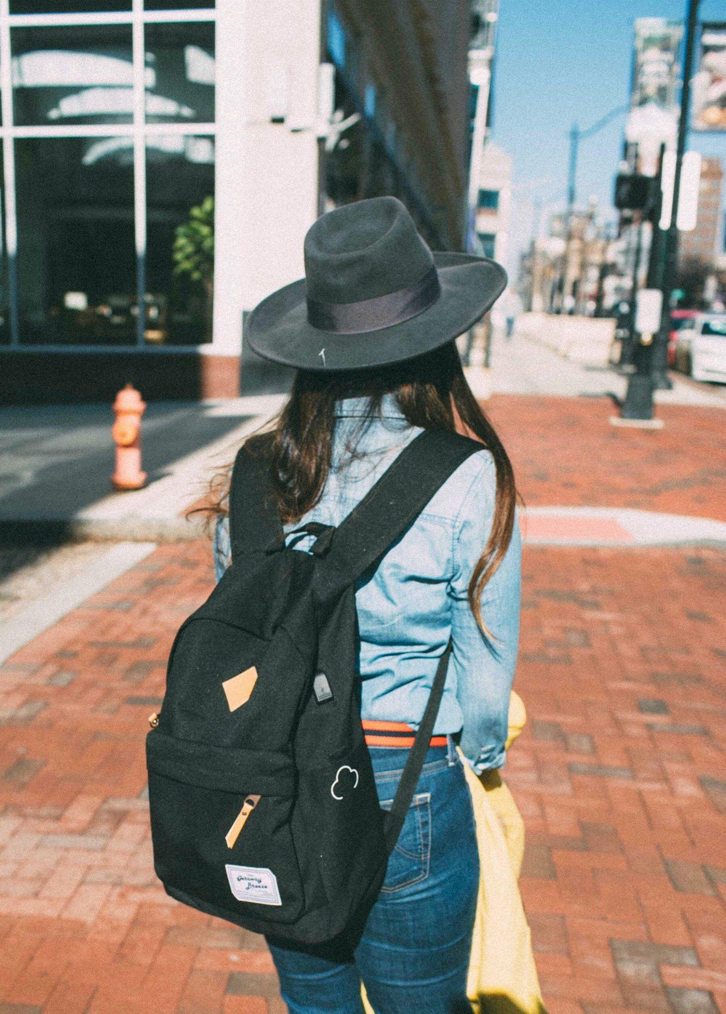 Lifestyle blog dreaming loud wearing getaway Breeze Battery Backpack
