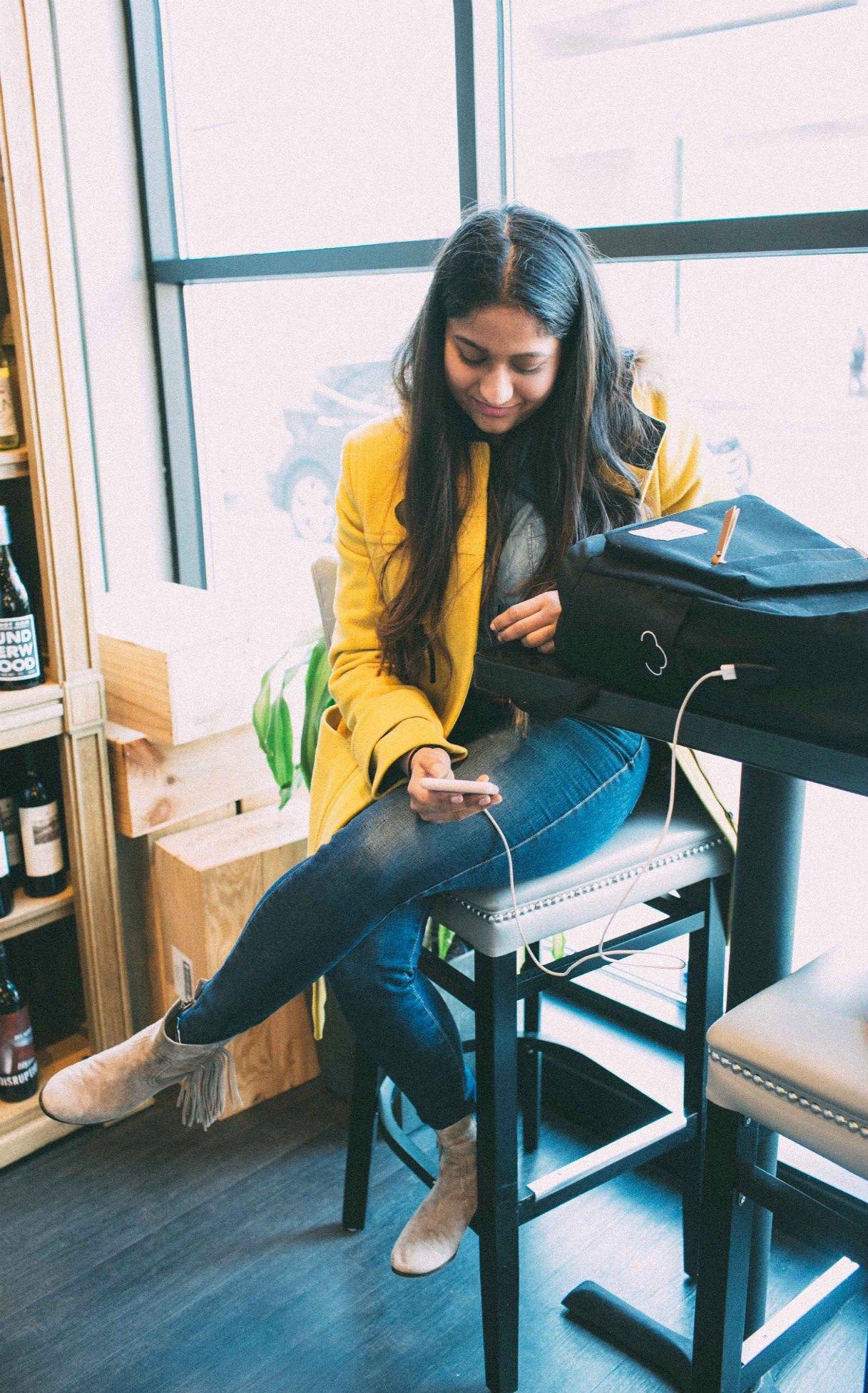 Lifestyle blog dreaming loud wearing getaway Breeze Battery Backpack 2