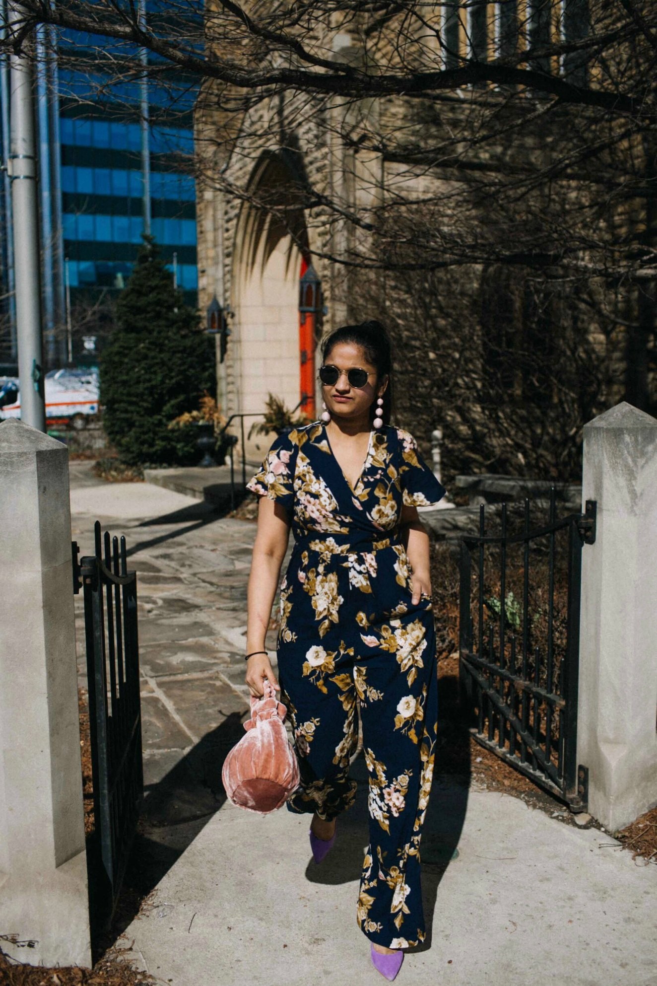 Lifestyle blogger Suri of dreaming loud sharing 20 Spring chic casual and trendy outfits - Spring Outfit Ideas featured by popular Ohio modest fashion blogger, Dreaming Loud