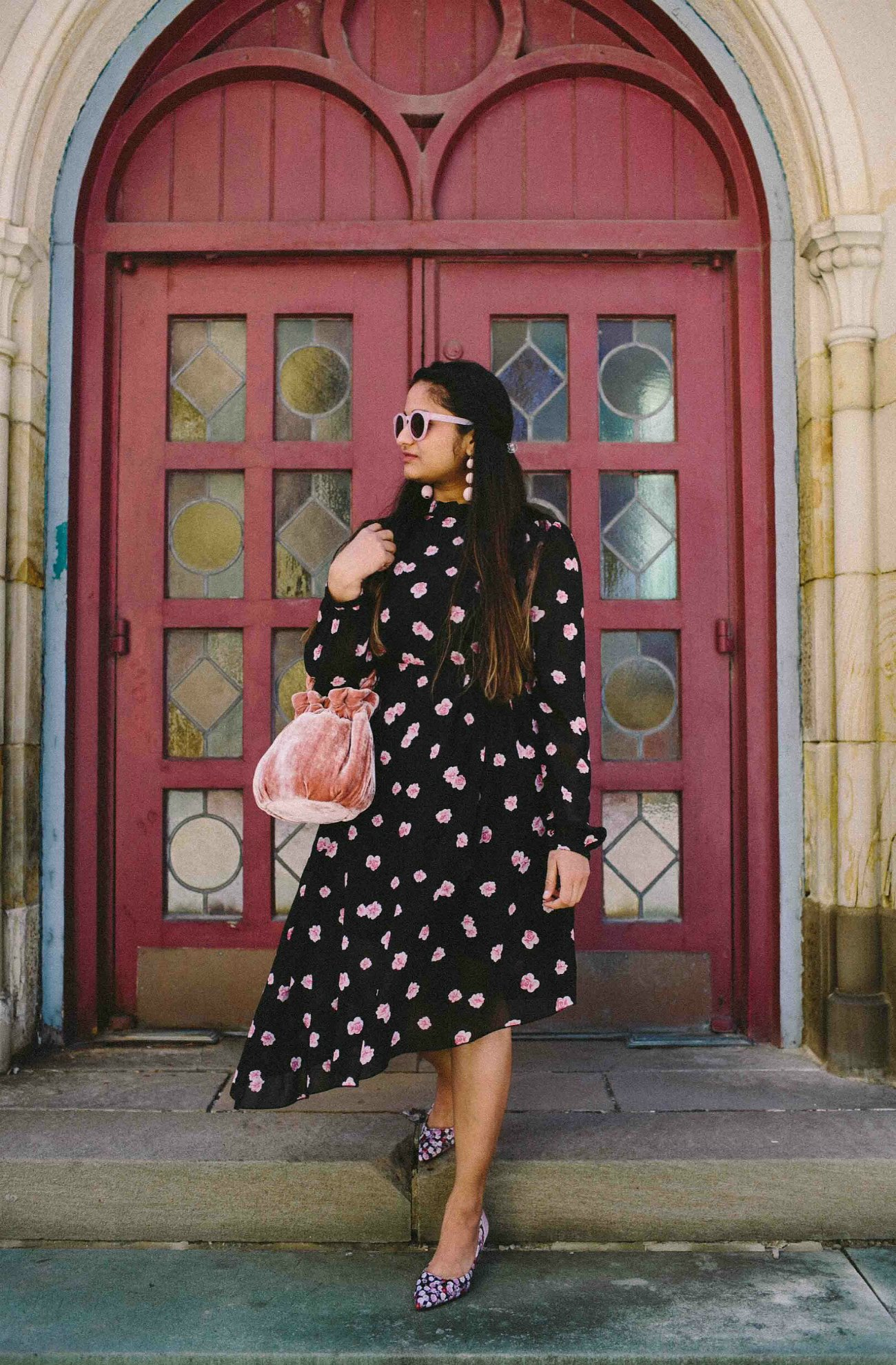 Modest fashion and Lifestyle blog dreaming loud wearing Na-kd Asymmetric Cut Open Back Floral print Dress
