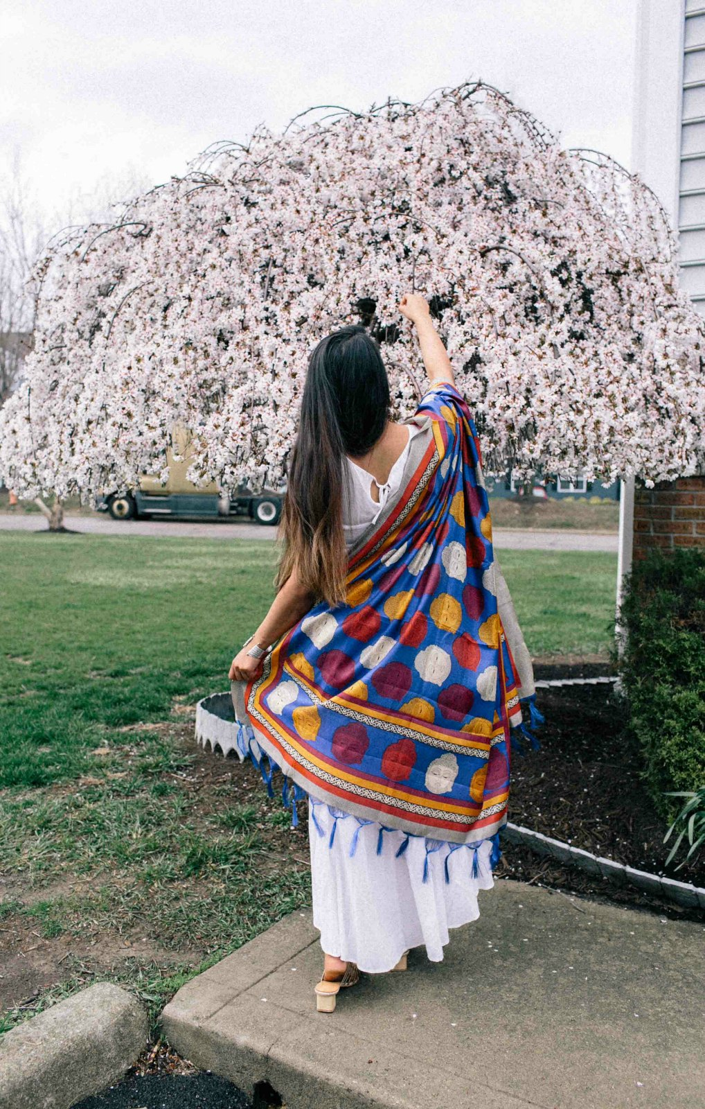 Modest Fashion and lifestyle Blog dreaming loud wearing Varanga Blue Bhagalpuri Dupatta 1 - Indo-Western Spring Outfit featured by popular modest fashion blogger, Dreaming Loud