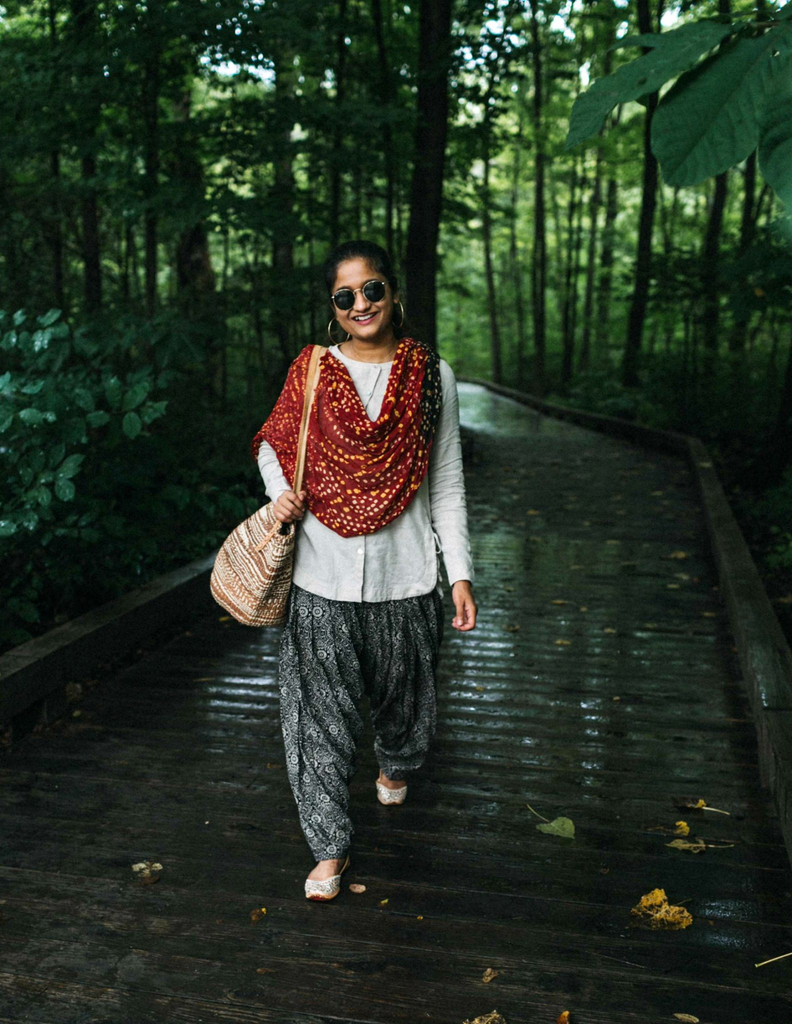 Wearing Bandini Dupatta with Patiala pant-Ethnic summer outfit | 15 Desi / Indian Customs of Mine: wearing patiala pants, featured by popular US fashion blogger, Dreaming Loud