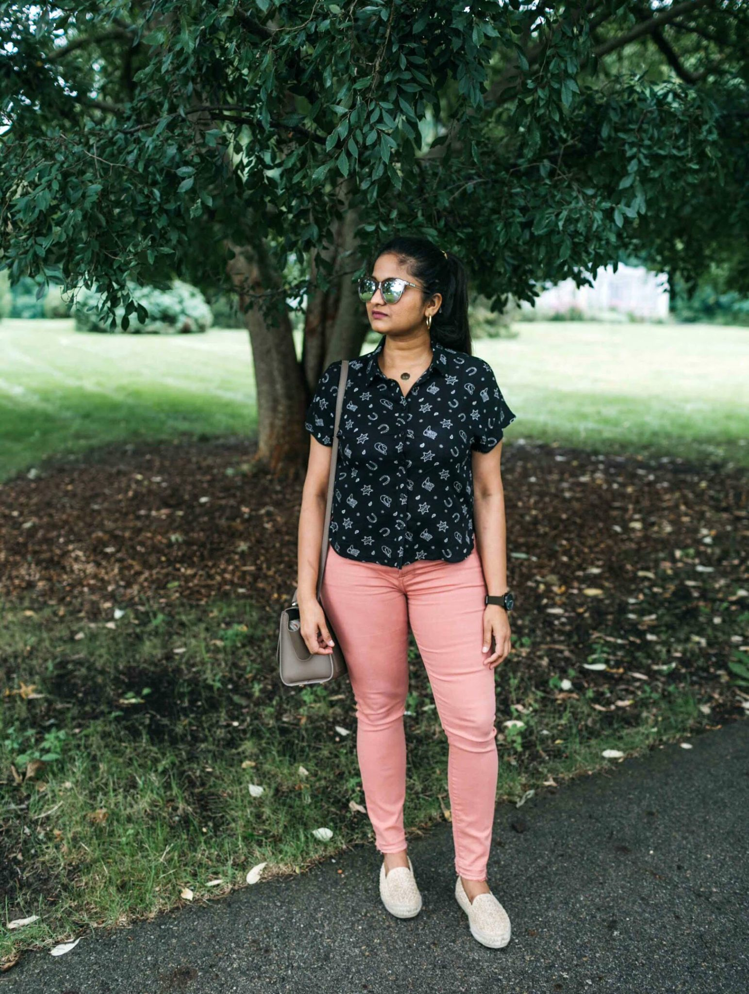 Fall casual outfit ideas | Jen7 Pink jeans featured by popular US modest fashion blogger, Dreaming Loud