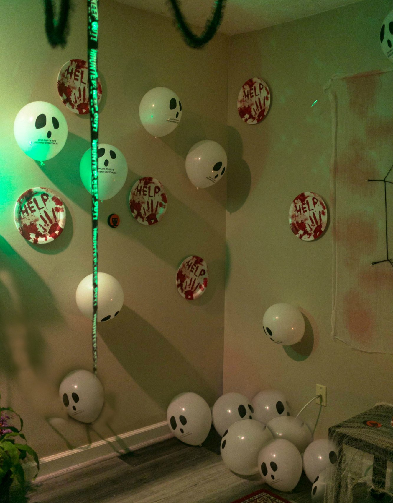 DIY Halloween Bachelorette Party decoration ideas5 Scary Fun Ideas for your Halloween Bachelorette Party- Costumes, Decorations and Games featured by top US life and style blog, Dreaming Loud