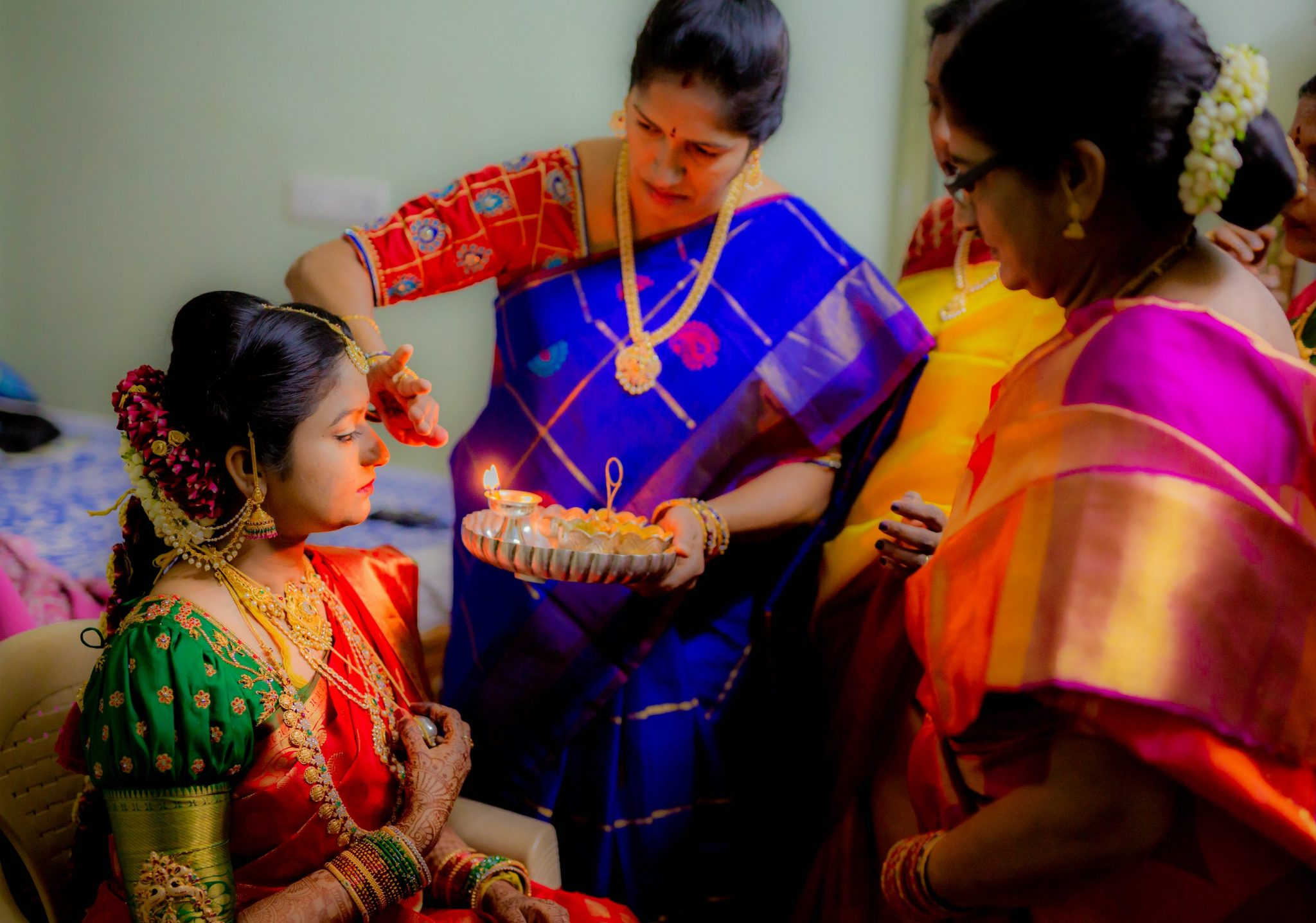 15 Hindu Telugu Rituals for your Traditional Indian Wedding Day featured by top US life and style blog, Dreaming Loud: Mangala Snanam