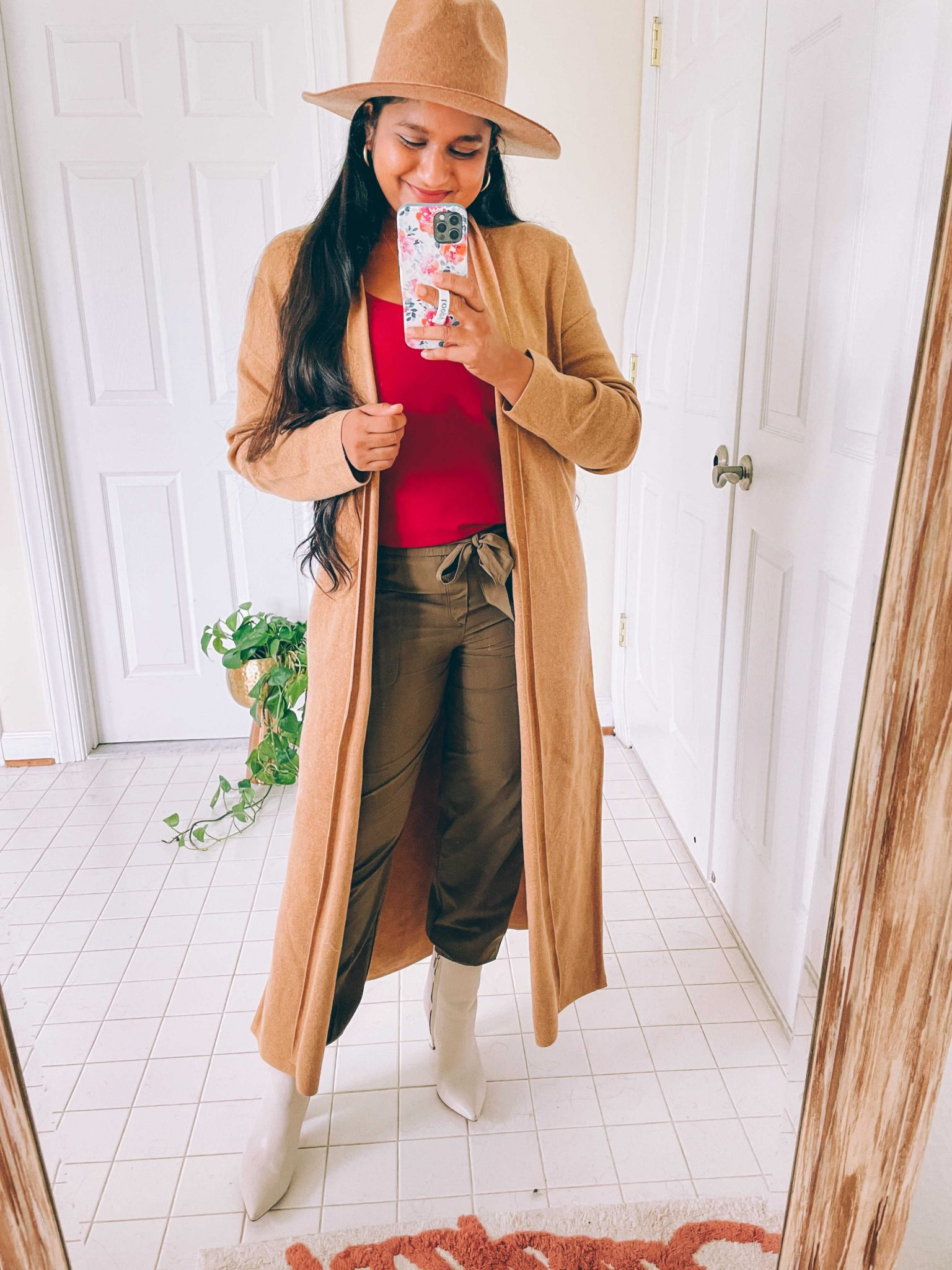 How to wear cargo joggers, tips featured by top US modest fashion blogger, Dreaming Loud: image of a woman Wearing Banana Republic Factory AirStretch Tie-Waist Cargo Jogger,Classic Camisole in pink, Duster Cardigan in camel, fedora hat, marc fisher Ulani Pointy Toe Bootie16